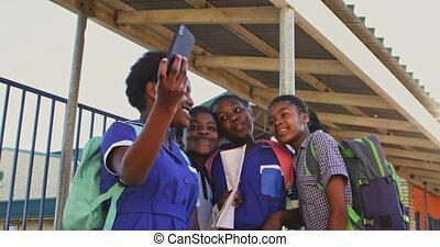 école, selfies, écolières, cour de récréation, 4k, township, prendre