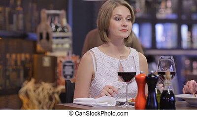 élégant, femme, homme, restaurant