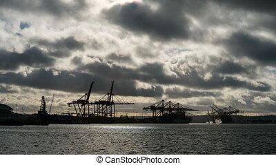 équipement, son, lourd, puget, nuages, sur, coucher soleil, chantier naval, temps, port, seattle, défaillance, sombre, long