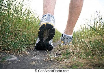 été, chaussure marche, sports