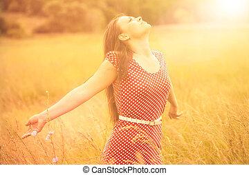 été, femme, blé, pré, jeune, lumière soleil, fun., apprécier, heureux