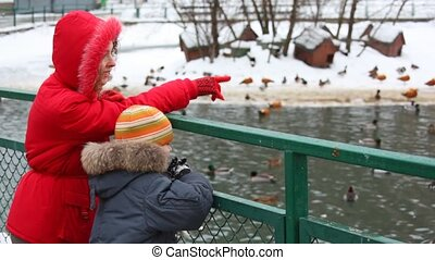 étang, mère, hiver, fils