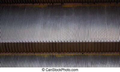 étapes, escalator