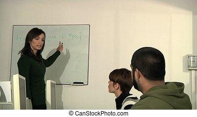 étudiants, eduquer enseignant