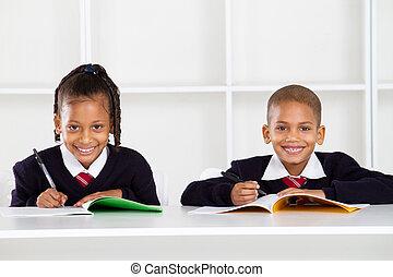 étudiants, portrait, primaire, heureux