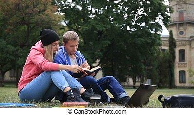 étudiants, vie, apprécier, couple, étudiant