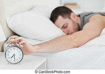 éveillé, reveil, homme, être, horloge, épuisé