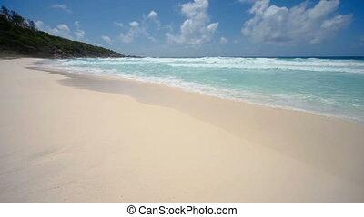 île tropicale, plage