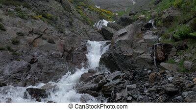 -, chute eau, pyrénées, version, pays montagne, espagne, indigène