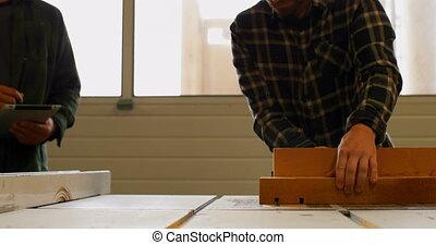 4k, fonctionnement, charpentier, atelier