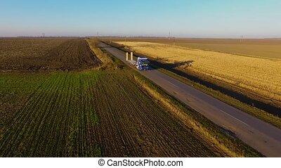 aérien, arrière-plan., camion, coucher soleil, route, vue