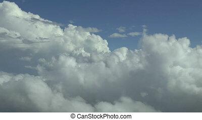 aérien, au-dessus, footage., nuages