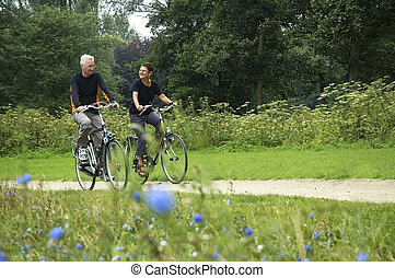 aînés, faire vélo