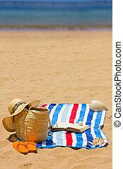 accessoires, livre, serviette, bains de soleil