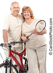 actif, personnes âgées accouplent