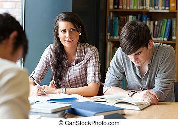 adultes, étudier, jeune