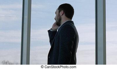 affaires conversation, téléphone, homme, attente, flight.