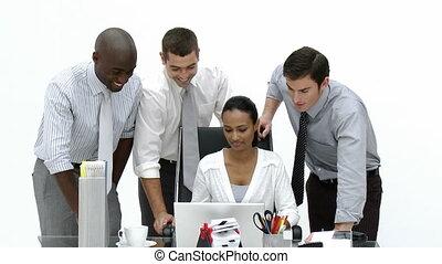 affaires gens, bureau fonctionnant, ensemble