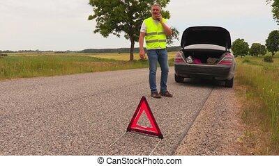 aide, voiture, cassé, attente, route, homme