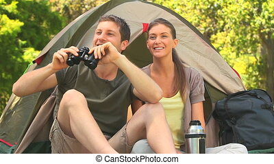 aimer couple, camping