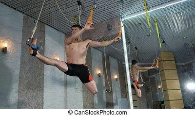 alfagraviti, studio, 4k, exécute, exercices, homme