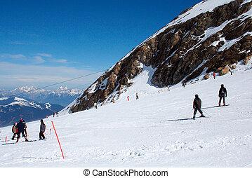 alpes suisses, skieurs