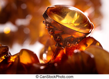 ambre, anneau