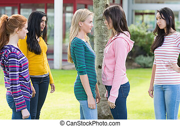 amis, filles, parc, collège, avoir, regarder, conflit