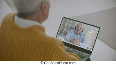 amis, hommes, appeler, vidéo, portables, appareil photo, bavarder, toile, ligne, communiquer, deux, utilisation