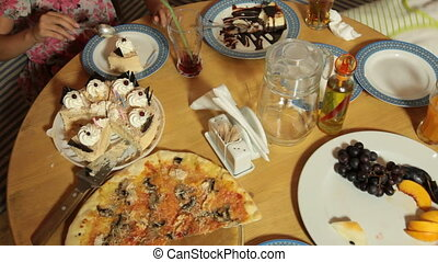 anniversaire, pizza, restaurant