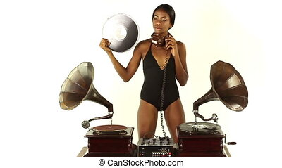 antiquité, djs, femme, agrafe, gramophones., jeune, deux, concept, retro, utilisation, bizarre, sexy, frais