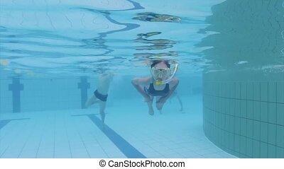 aquapark, sous-marin, girl