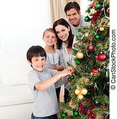 arbre, décorer, noël, sourire, famille
