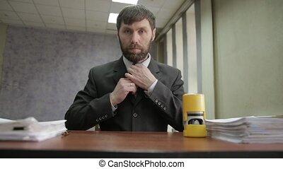 around., occupé, entrant, employé bureau, disperser, compostage, homme affaires, documents., documents