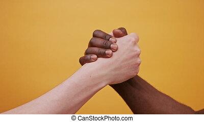 arrière-plan., mains, fin, lever, ensemble, blanc, orange, noir, isolé