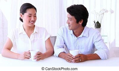 asiatique, matin, couple, dépenser, ensemble