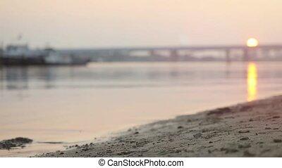 athlétique, courant, haut, slowmotion., coucher soleil, fin, plage, 1920x1080, homme