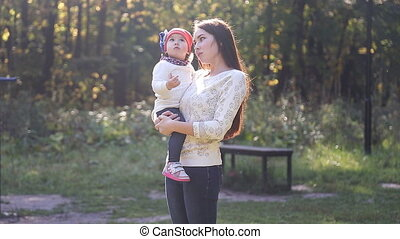 automne, fille bébé, maman, promenade