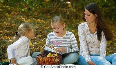 automne, parc, pique-nique, famille
