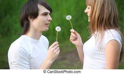autre, souffler, girl, chaque, revêtement, homme, fleurs, jeune