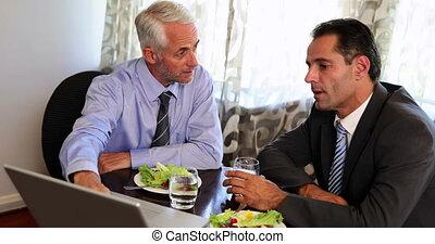avoir déjeuner, fonctionnement, hommes affaires