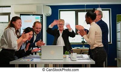 avoir, heureux, créatif, réunion, équipe, broadroom, bureau, business