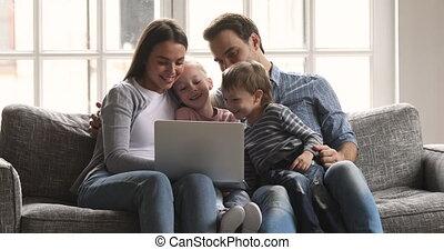 avoir, portable utilisation, amusement, mignon, rigolote, gosses, parents
