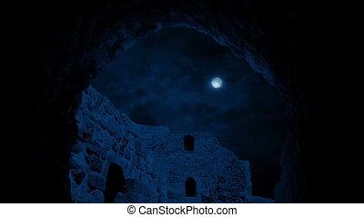 bâtiment, ancien, nuit, en mouvement, sous, voûte