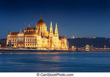 bâtiment, budapest, parlement, nuit, hongrois