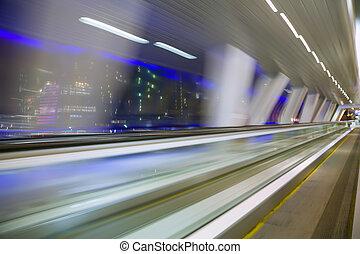bâtiment, ville, blured, résumé, moderne, long, fenêtre, couloir, nuit, vue