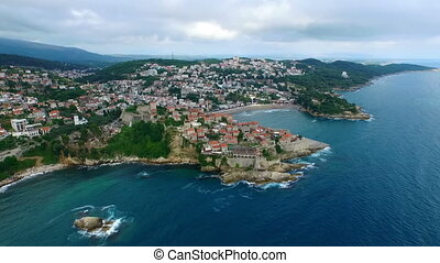 bâtiments, port, entouré, montenegro, traditionnel, mer adriatique, petit