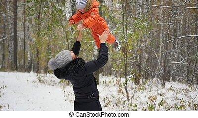 bébé, jouer, parc, hiver, mère