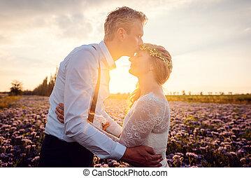 baisers, mariée, sien, village, mariage, romantique, marié, pendant