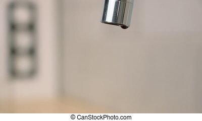 baisses eau, robinet
